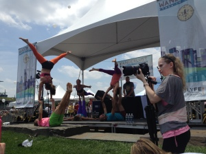 ...and even more Acroyogis!